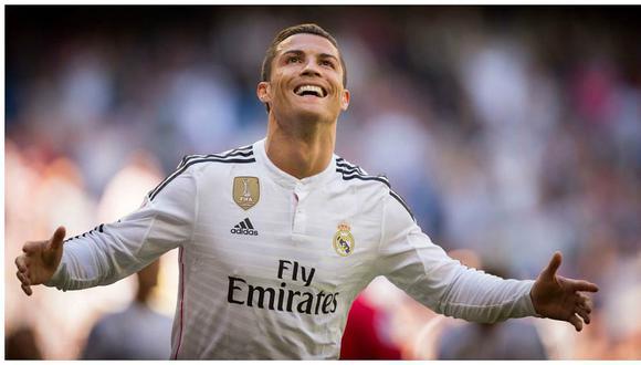 Cristiano Ronaldo protagoniza emotiva foto familiar junto a sus tres hijos