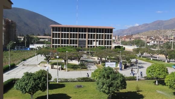 El próximo 2 de agosto son las elecciones para rector/foto:Isaias Puente
