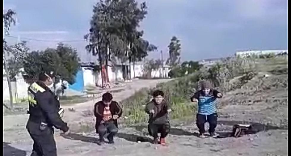 Serenos y policías de Yura hacen ranear a jóvenes que jugaban fútbol