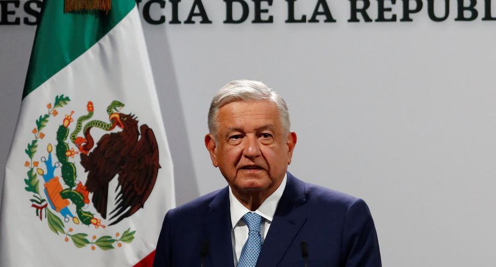 El presidente de México, Andrés Manuel López Obrador (AMLO), habla en rueda de prensa en el Palacio Nacional de la Ciudad de México. (EFE/José Méndez).