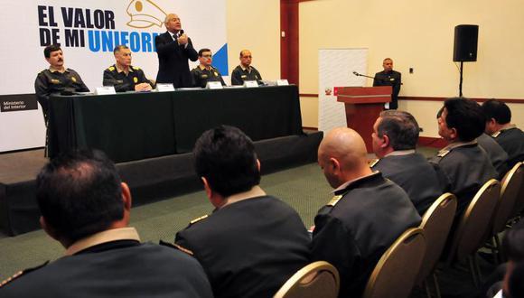 Pedraza lanza campaña para mejorar atención y trato en comisarías