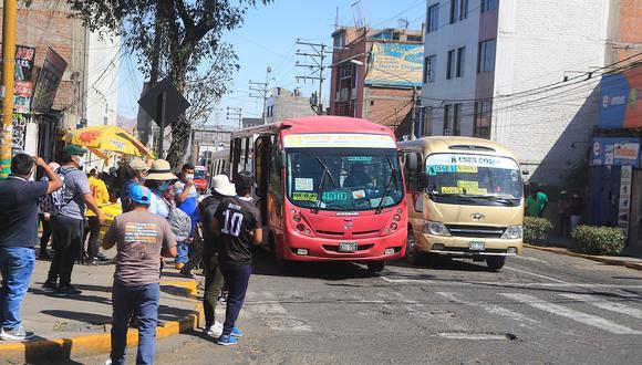 100 días de emergencia sanitaria: Transporte como foco infeccioso sin control en Arequipa