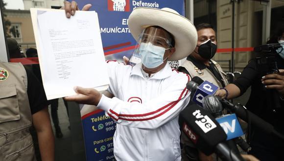 """Candidato de Perú Libre presentó un documento en el cual pide garantías por considerar que la frase """"muerte a Castillo"""" que dijo López Aliaga lo pone en """"grave peligro"""". (Foto: César Campos / GEC)"""