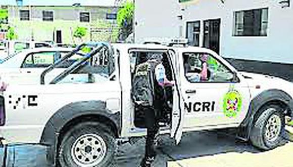 Defensoría pide a Inspectoría de la PNP investigar sobre el tema y al Ministerio de Vivienda informar sobre gratuidad de trámites.