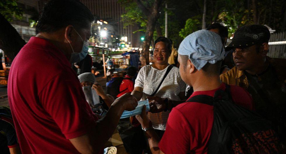 La ceniza producto del volcán alcanza a los afectados en Manila, capital de Filipinas, a unos 60 kilómetros. (Foto: AFP)