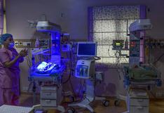 Mujer sudafricana da a luz por cesárea a diez bebés