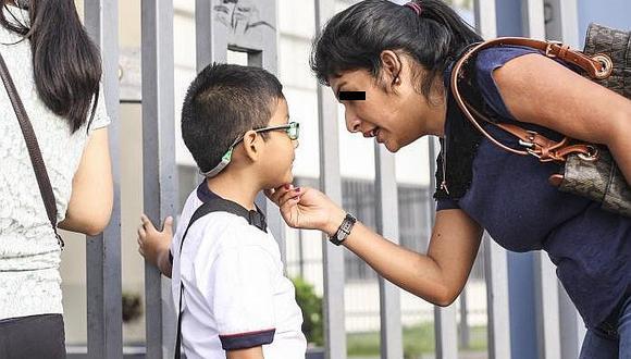 La sobreprotección a los hijos es una forma de violencia doméstica, advierte Essalud