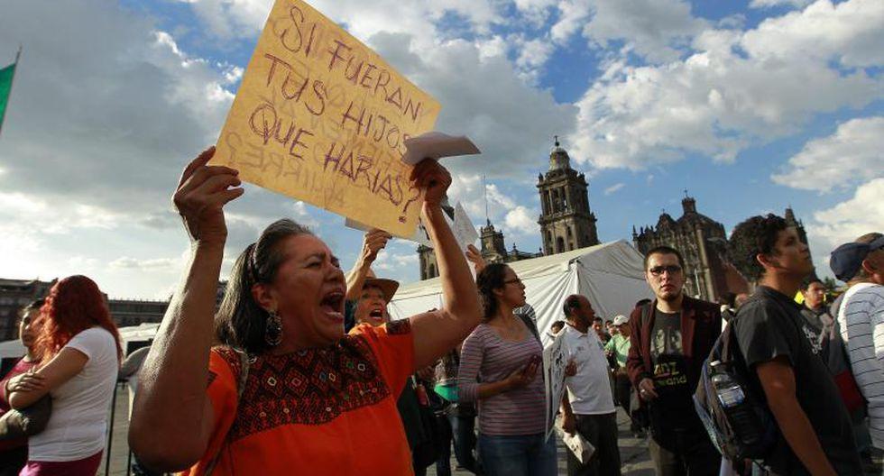 Miles de mexicanos claman justicio por estudiantes desaparecidos