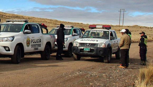 Mujer da a luz en carretera y deja abandonada a su bebé en Cusco