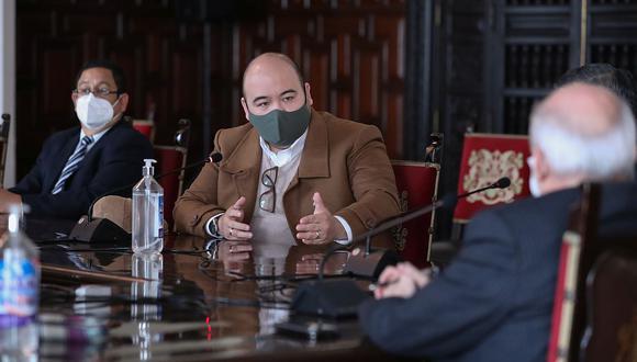 Diethell Columbus, vocero de la bancada de Fuerza Popular, participó en el diálogo con Cateriano y miembros del Gabinete este lunes. (Foto: PCM)
