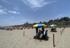 Chorrillos: familias disfrutan del día soleado en la playa respetando el distanciamiento por el COVID-19