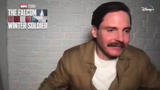 """Daniel Brühl en su regreso a Marvel: """"Siempre es buena señal si no te matan"""""""
