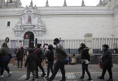 Devotos de San Judas Tadeo forman largas colas en iglesia San Francisco