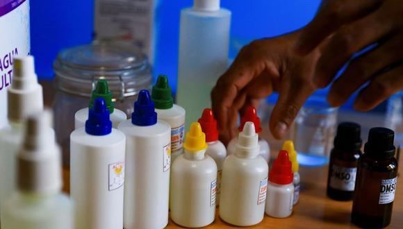 Las consecuencias del consumo de dióxido de cloro en el organismo pueden ser sumamente graves, advierten los organismos de salud en todo el mundo. (Foto referencial: EFE)