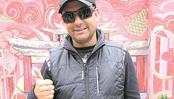 """Roberto Martínez a Javier Carmona: """"Yo habría dado beso a Gisela"""""""