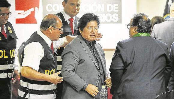 Fiscalía reafirma pedido de prisión contra Edwin Oviedo