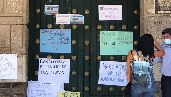 Estudiantes piden prirorizar problemas para garantizar reinicio de clases.