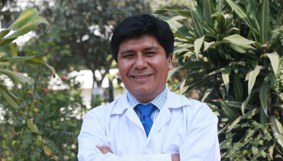 Mario Carhuapoma señaló ante la Comisión de Salud del Congreso que su gestión detectó compras sobrevaloradas y contrataciones irregulares