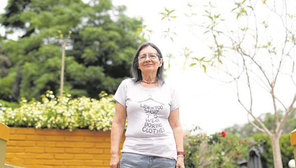 """Una de las escritoras más fundamentales de la literatura peruana comenta sobre su obra, Lima y la reedición de """"Una muchacha bajo su paraguas"""""""
