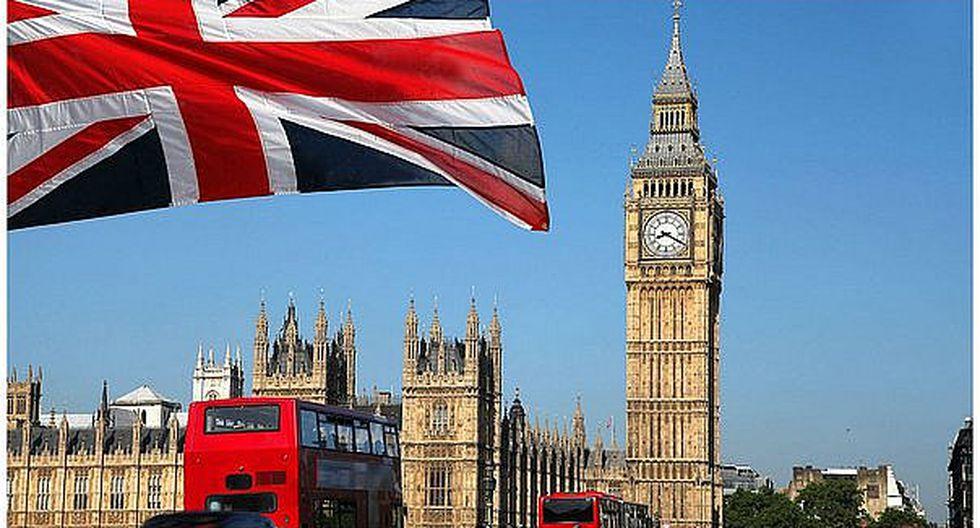 El Parlamento británico aprueba la activación del Brexit