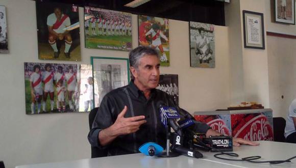 Juan Carlos Oblitas admite que Ricardo Gareca quiere venir al Perú