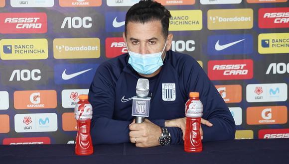 Daniel Ahmed dirigió Alianza Lima tras la salida de Mario Salas. (Foto: Alianza Lima)
