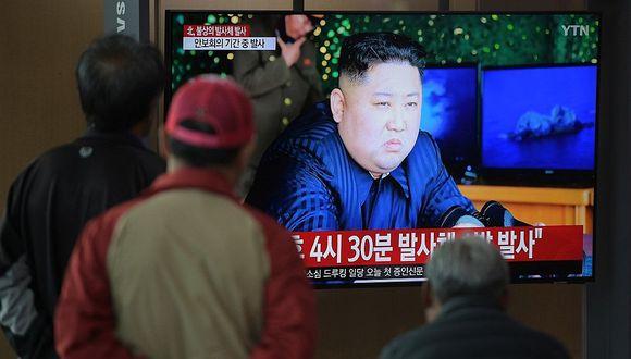 """Corea del Norte: Kim Jong Un ordenó un ensayo de """"ataque de largo alcance"""" (FOTOS)"""
