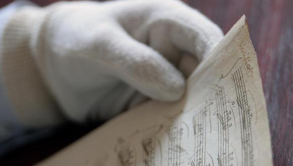 """Encuentran el original perdido de la """"Sonata en la mayor"""" de Mozart"""