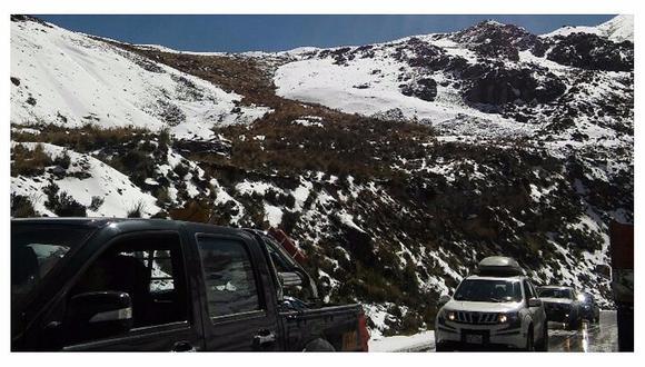 La Oroya: Manto blanco que cubre a Ticlio provoca pase lento de transportistas