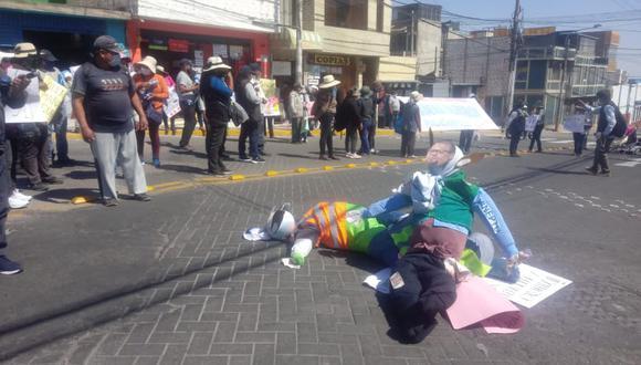 Reclaman que no hay servicio de transporte público en el sector Nueva Alborada, y piden que burgomaestre les dé una solución. (Foto: Difusión)