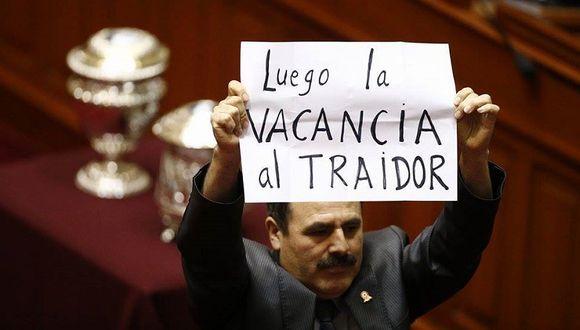 Jorge Rimarachín protagoniza incidente durante votación de Mesa Directiva del Congreso