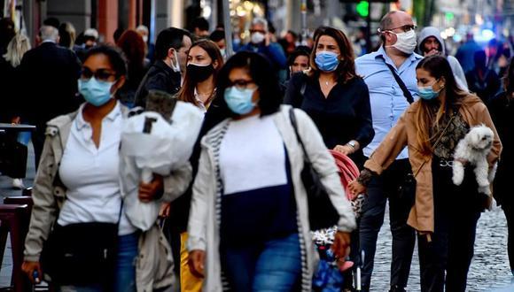 Italia cerrará los lugares más frecuentados para frenar al coronavirus. (Foto: EFE/EPA/CIRO FUSCO).