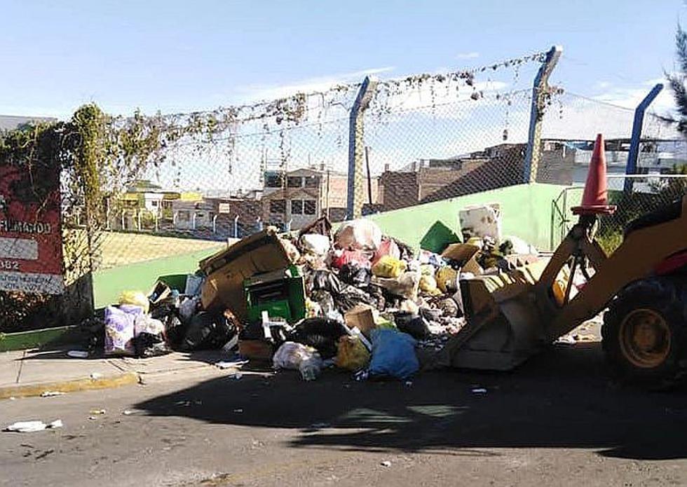 Declaran en emergencia a distrito arequipeño por acumulación de basura (FOTO)