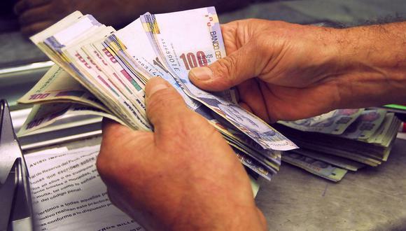 Si el afiliado se encuentra en la comisión sobre el flujo, pagará entre 1.47% y 1.69% de su remuneración bruta mensual, dependiendo de la AFP en la que se encuentre. (Foto: GEC)