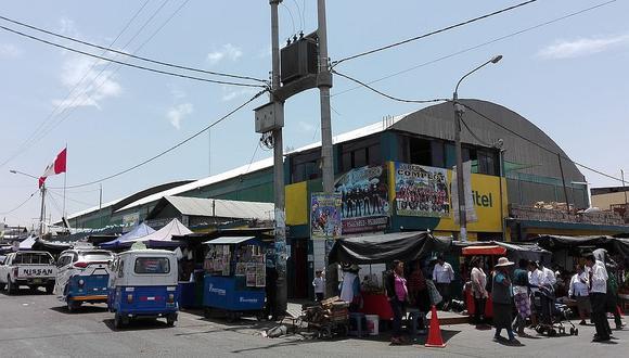 Quejas por encarecimiento de recibos de agua en el mercado de Ciudad Nueva