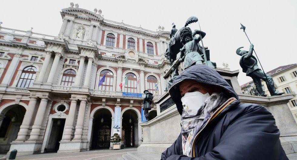 Las multas serán hasta 5,000 euros para quienes se reúnan en lugares públicos. (AFP).