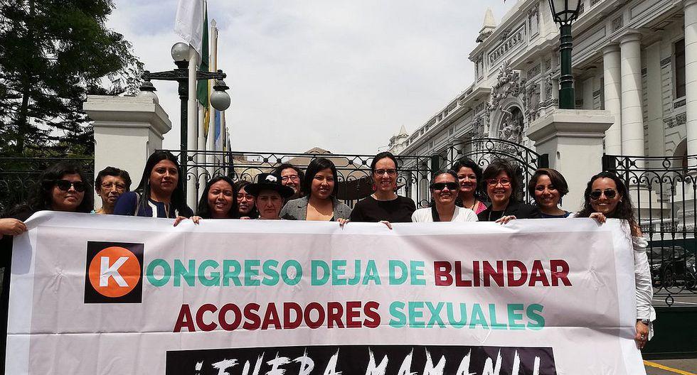 Con banderola bancada de Nuevo Perú pide a Congreso no blindar a Moisés Mamani