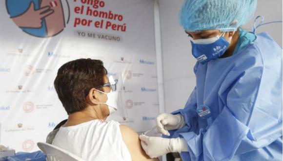 El Gobierno de Pedro Castillo planea acelerar la vacunación en las próximas semanas. (Foto: GEC)