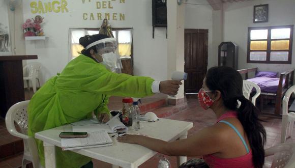 El último reporte del Ministerio de Salud eleva a 2.808 los muertos por la enfermedad en Bolivia desde que se detectaron los primeros casos en marzo pasado, importados de Europa. (Foto: EFE/Juan Carlos Torrejon)