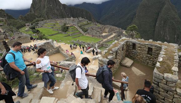 Estudiantes llevarán curso obligatorio sobre turismo, patrimonio y cultura en Cusco.