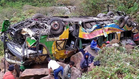 Tragedia en Cusco: Bus cae a abismo dejando al menos 17 fallecidos y 30 heridos (FOTOS)
