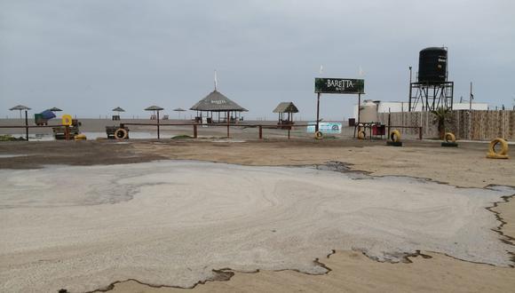 Salida del mar afectó a negocios locales de Mollendo  Foto: Carmen Benavides