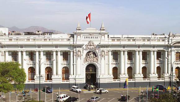 La Comisión de Constitución ha aprobado una iniciativa para establecer una nueva legislatura el último mes antes del cambio de autoridades