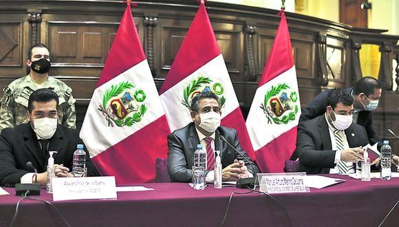 Lima, Miercoles 19 de agosto del 2020El presidente del Congreso, Manuel Merino, aseguró que la bancada de Acción Popular presentará un proyecto de reforma constitucional para que se elimine el proceso a través del cual un nuevo presidente del Consejo de Ministros, acompañado por su gabinete, soliciten el voto de investidura.