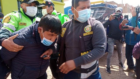 Delincuentes fueron arrestados por los policías, mientras que otros 3 cómplices habrían fugado del lugar. (Foto: Feliciano Gutiérrez)
