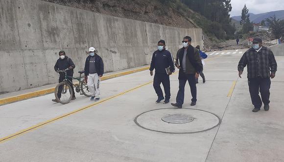 Huancavelica: Obra no es inaugurada y ya presenta deficiencias