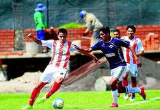 Jugadores de fútbol amateur aprovechan la época de pases libres