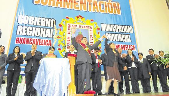 Autoridades juramentan en ceremonia protocolar