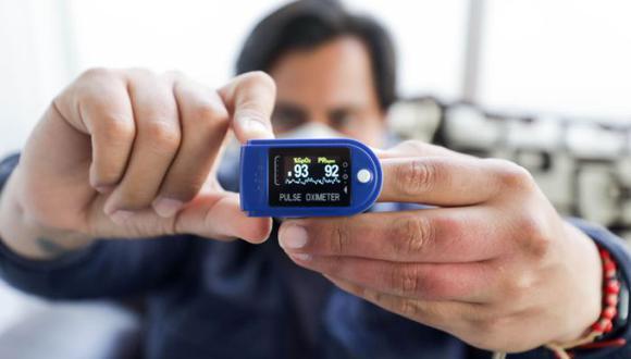 Este aparato es importante para monitorear de manera constante a una persona que ya está enferma con el COVID-19 para evitar que su sistema respiratorio empeore, según el infectólogo del Instituto Nacional de Salud (INS), Manuel Espinoza.