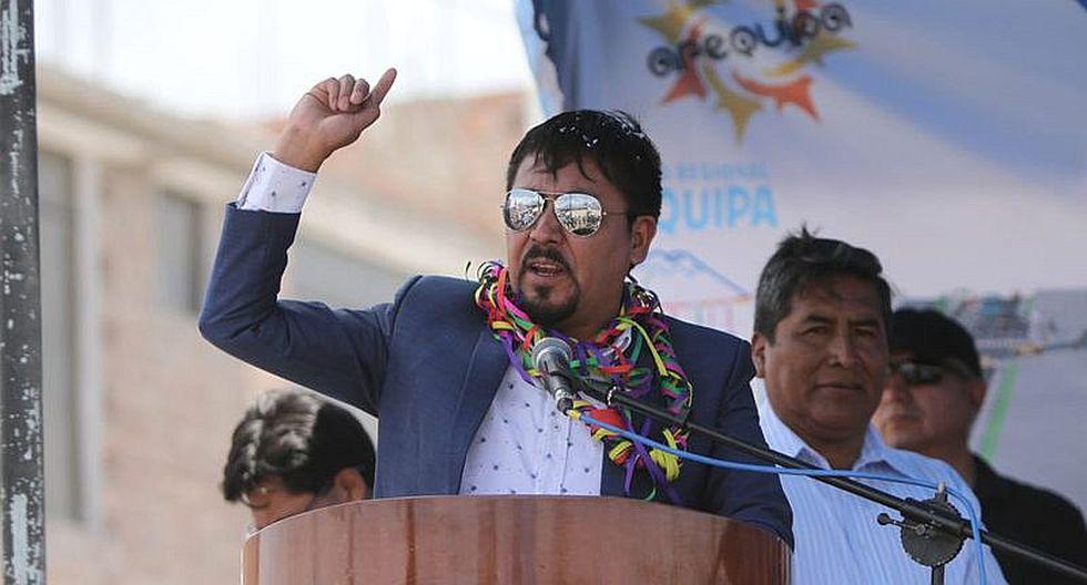 Gobernador de Arequipa pide respeto a su familia